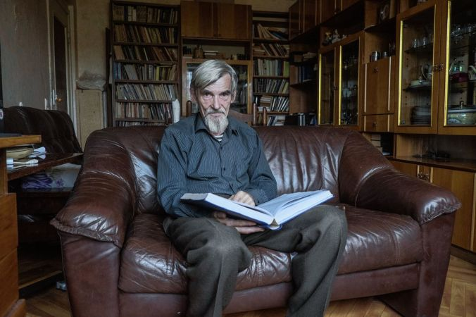 Yury Dmitriev at home (28 Sept 2016)
